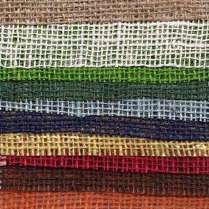 Jutová tkanina barevná 211g/m2 /  šířka 130 cm / role 30m