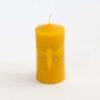 Svíčka z pravého včelího vosku s námětem včelky